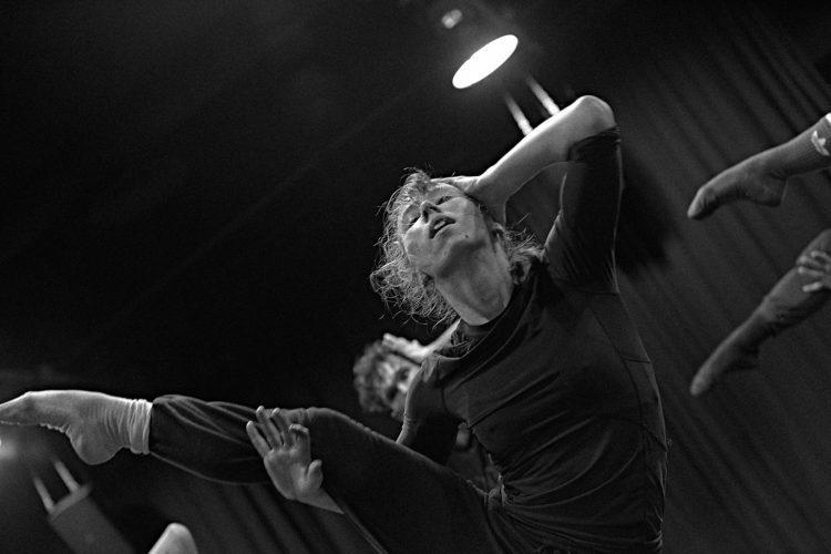 RESIDENCIA FORMATIVA – METAMORPHOSIS DANCE